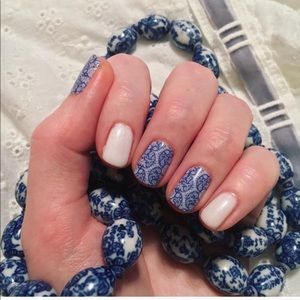 3/$10 Porcelain Jamberry Nail Wrap Manicure